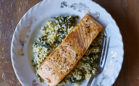 Seared Salmon With Spinach Quinoa